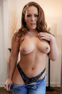 Picture of Carmen Valentina