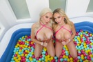 Ball Pit Fun! picture 10